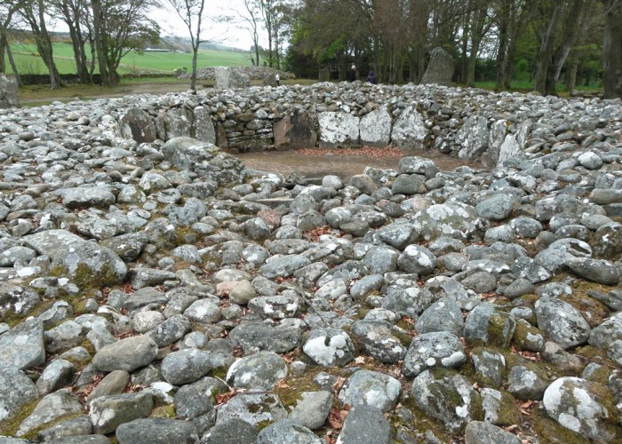Clava cairns, ring cairn, prehistoric Scotland