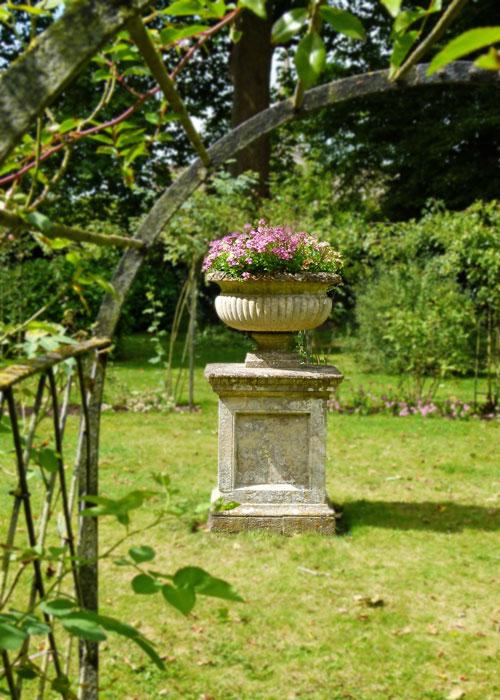Lady Elizabeth's rose garden, Lacock Abbey