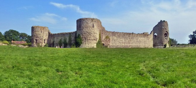 Molly visits Pevensey Castle, a Very Important Place