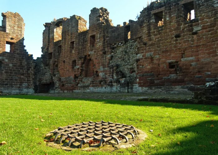 Penrith Castle, castles in Cumbria