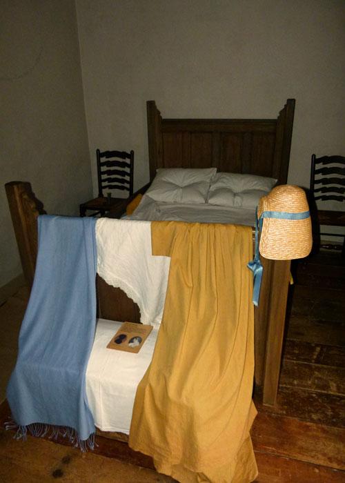 Coleridge cottage bedroom