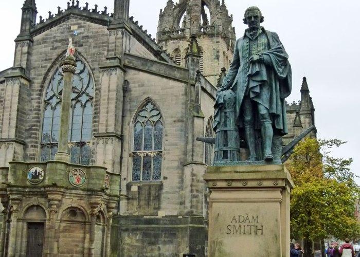 ADAM SMITH, statue