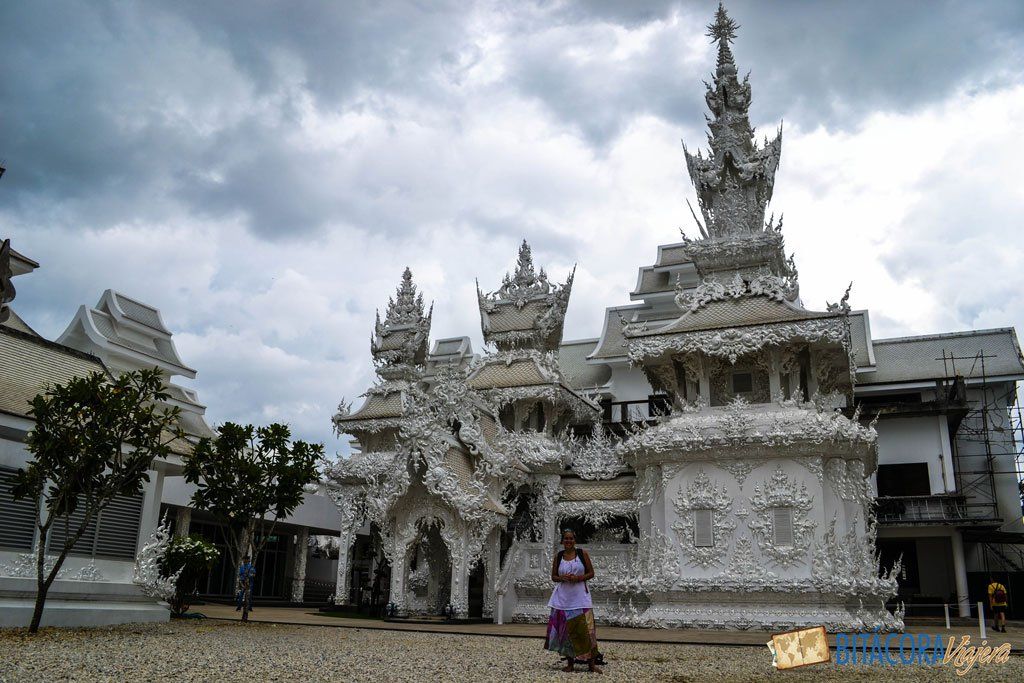 templo-blanco-chiang-rai-3