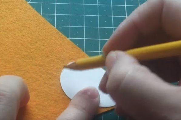 Fieltro de grandes huevos de Pascua x 8 Rosa Blanco Azul tarjeta amarilla con apliques coser Craft