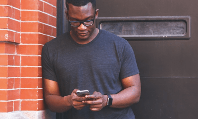 African man smartphone