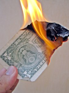 Burn Money by Images Money from flickr.com -- Creative Commons 2.0
