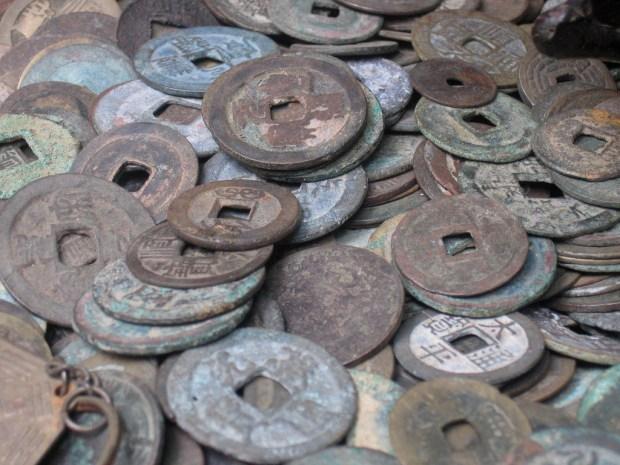 """""""old coins"""" von  mc559 via flickr.com. Lizenz nach Creative Commons 2.0"""