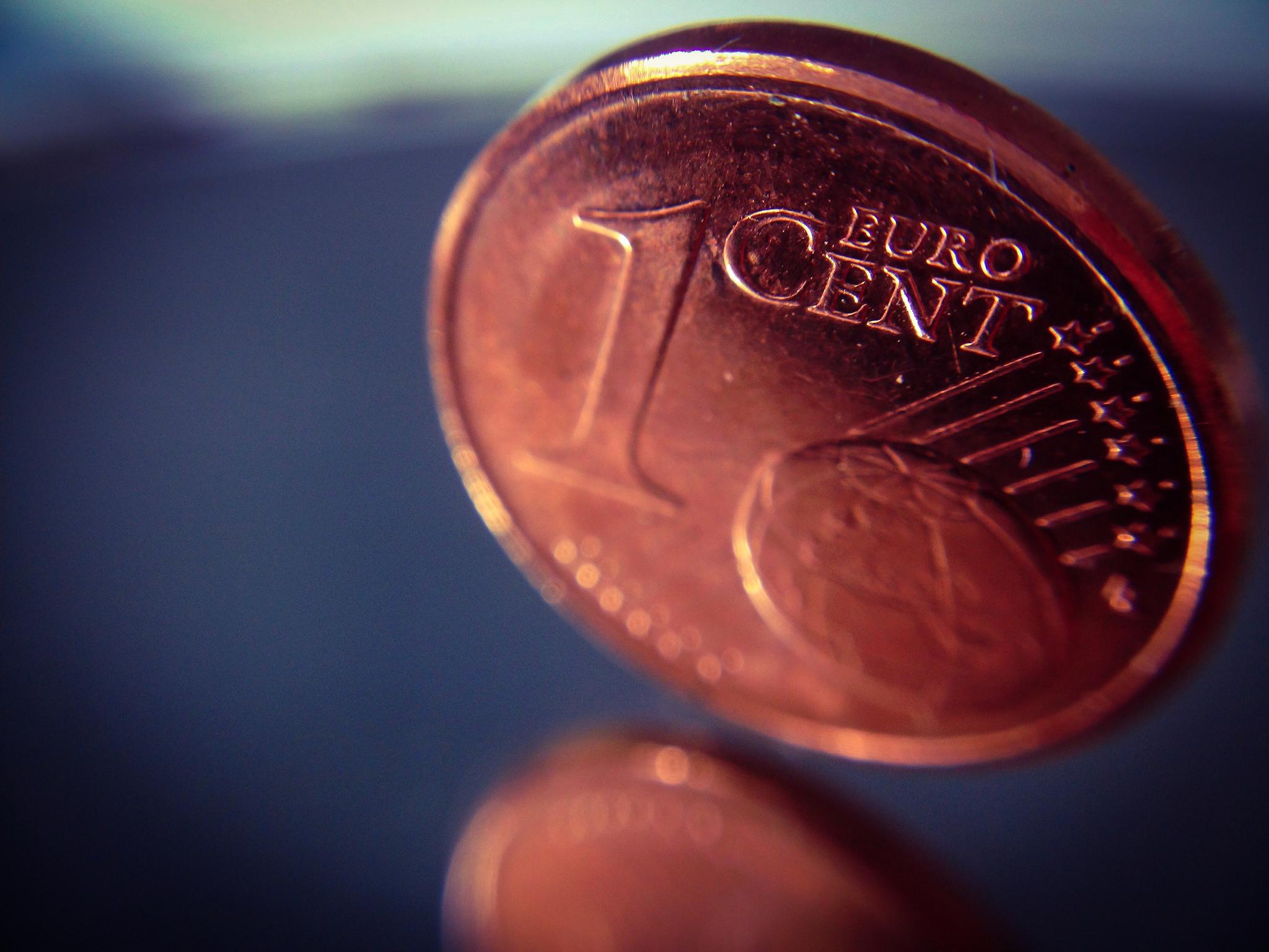 Besser kein Bargeld anfassen – man könnte sich ja verdächtig machen