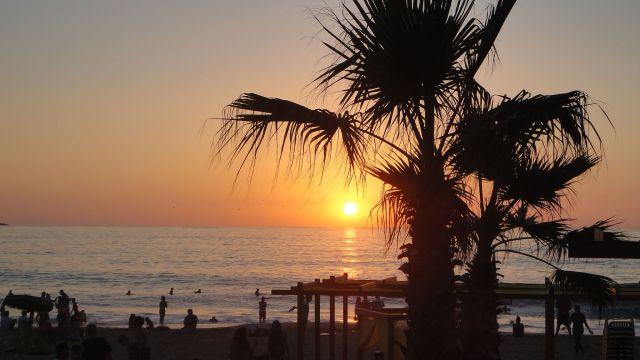 Beach sunset in Renaca, Chile