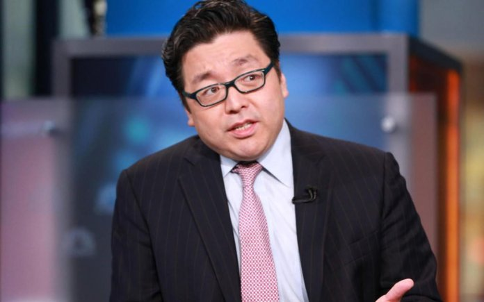 """Tom Lee: Current Price Gives a """"Huge Bull Signal"""""""