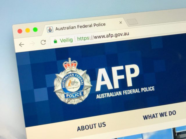 shutterstock_1092236876-881x660 Two Australian Cryptocurrency Exchanges Suspended Following an Arrest