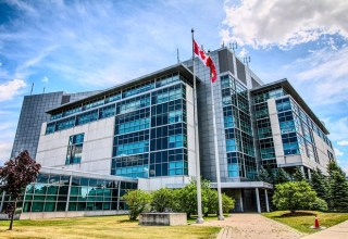 Canada Postpones Crypto, Blockchain Regulation Updates Until 2010