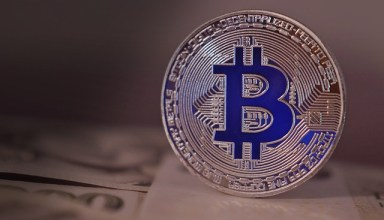 Daily Bitcoin Trending News and Market Sentiment: Stubborn at $9,500