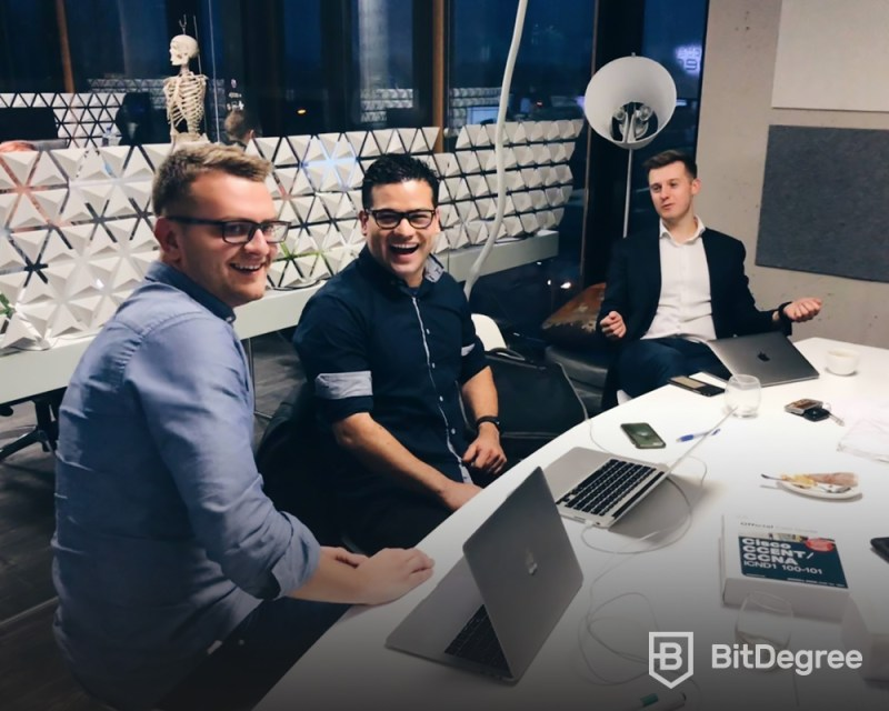 BitDegree-bitcoinorbuzz