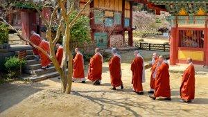 korean-monks.jpg