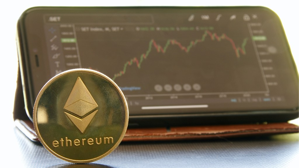 Ethereum Jumps 21% Higher This Week, Second Largest Crypto Market Nears All-Time High