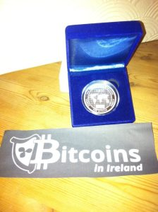 Available in 0.5 / 1 / 2 / 5 / 10 / 20 bitcoins in brass, silver or gold