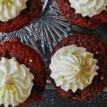 red velvet cinnamon cupcakes