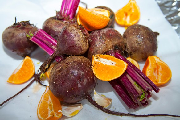 roasted beets with clementine and garlic
