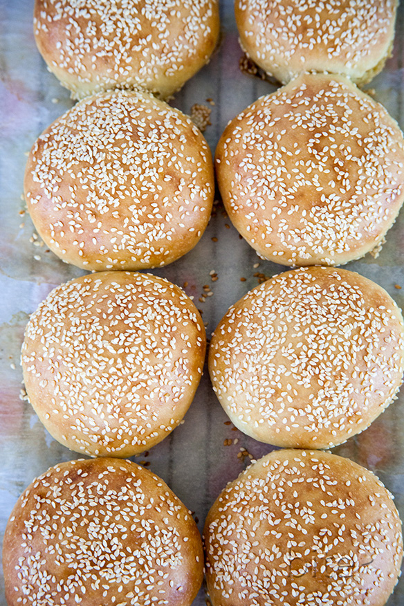 easy sesame seed hamburger buns