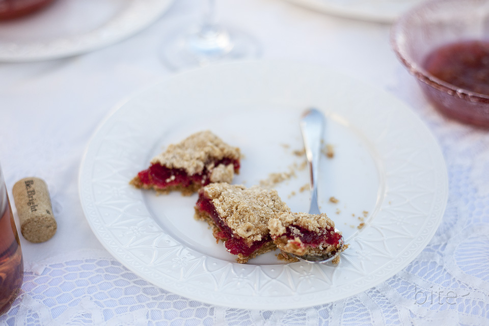 strawberry rhubarb bars - dining al fresco
