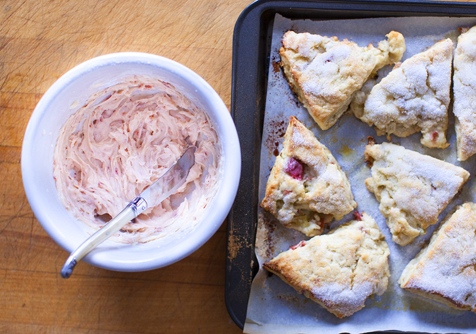 rhubarb scones with strawberry butter