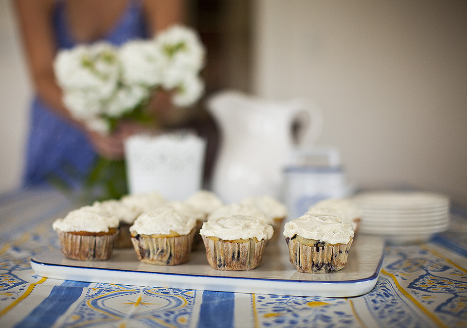 wild blueberry cupcakes with vanilla frosting l bitebymichelle.com
