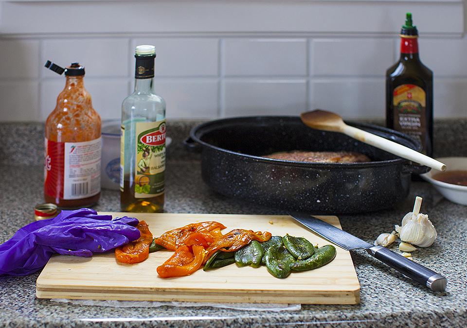 brisket - slow cooked, spicy beef fajitas l bitebymichelle.com