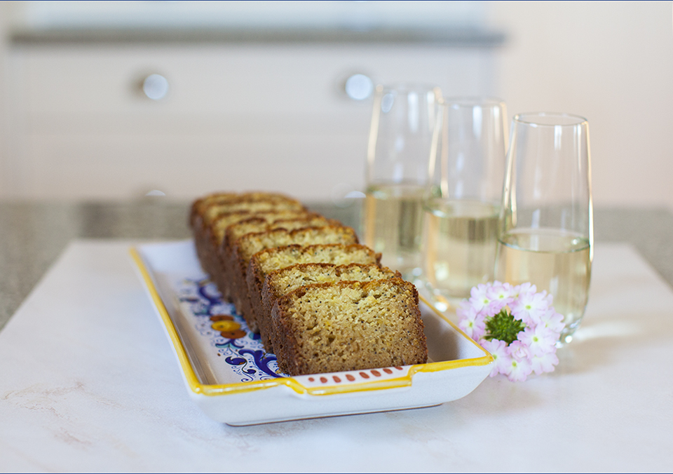 lemon poppy seed loaf – use up all that extra sour dough starter