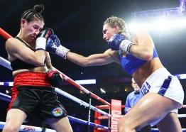 Mikaela_Mayer_vs_Vanessa_Bradford_action2