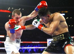 Gilberto_Ramirez_vs_Tommy_Karpency_action2