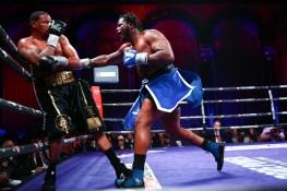 LR_SHO-FIGHT NIGHT-FRANKLIN VS BOOKER-TRAPPFOTOS-04132019-9640