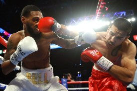 Andy_Vences_vs_Albert_Bell_action1