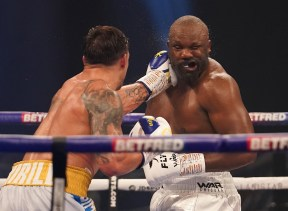 HANDOUT PICTURE COMPLIMENTS OF MATCHROOM BOXING Oleksandr Usyk vs Derek Chisora, Heavyweight Contest. 31 October 2020 Picture By Dave Thompson.