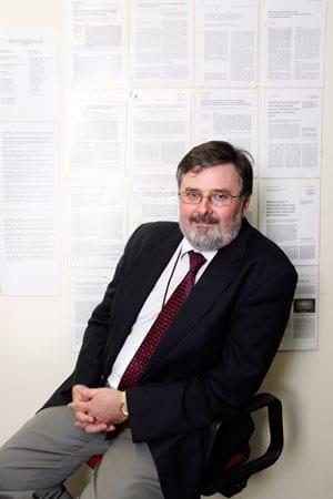 Associate Prof Hans Zoellner