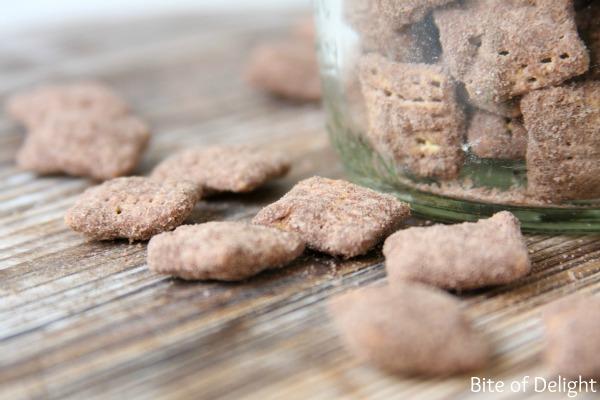 Chocolate pumpkin spice muddy buddies   puppy show   nut free