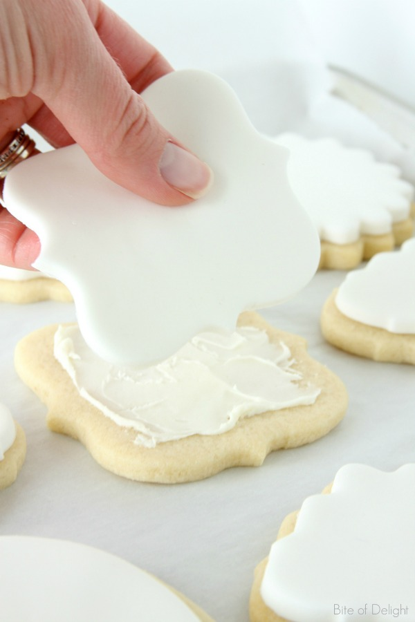 Need a great activity for kids? These beautiful watercolor cookies are easy and FUN and inexpensive!