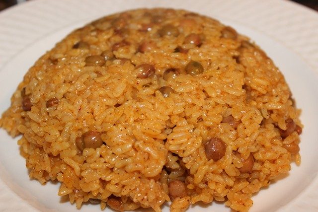 Moro de guandules rice cooker recipe biteslife.com