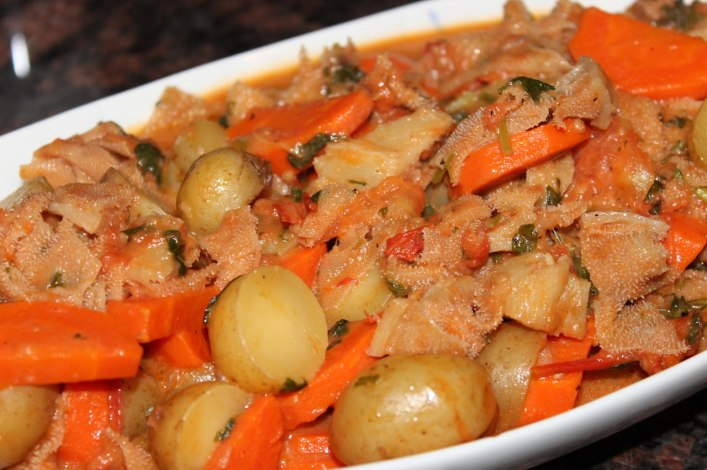 Braised bible tripe with vegetables. biteslife.com