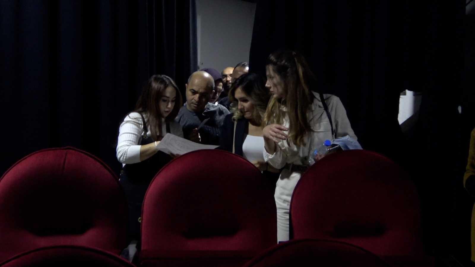 (Özel) Tatvanlılar uzun bir aradan sonra tiyatroyla buluştu