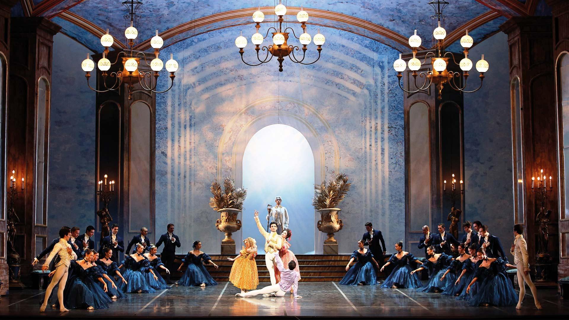 Opera_di_Roma_Stage_scenery_backdrop