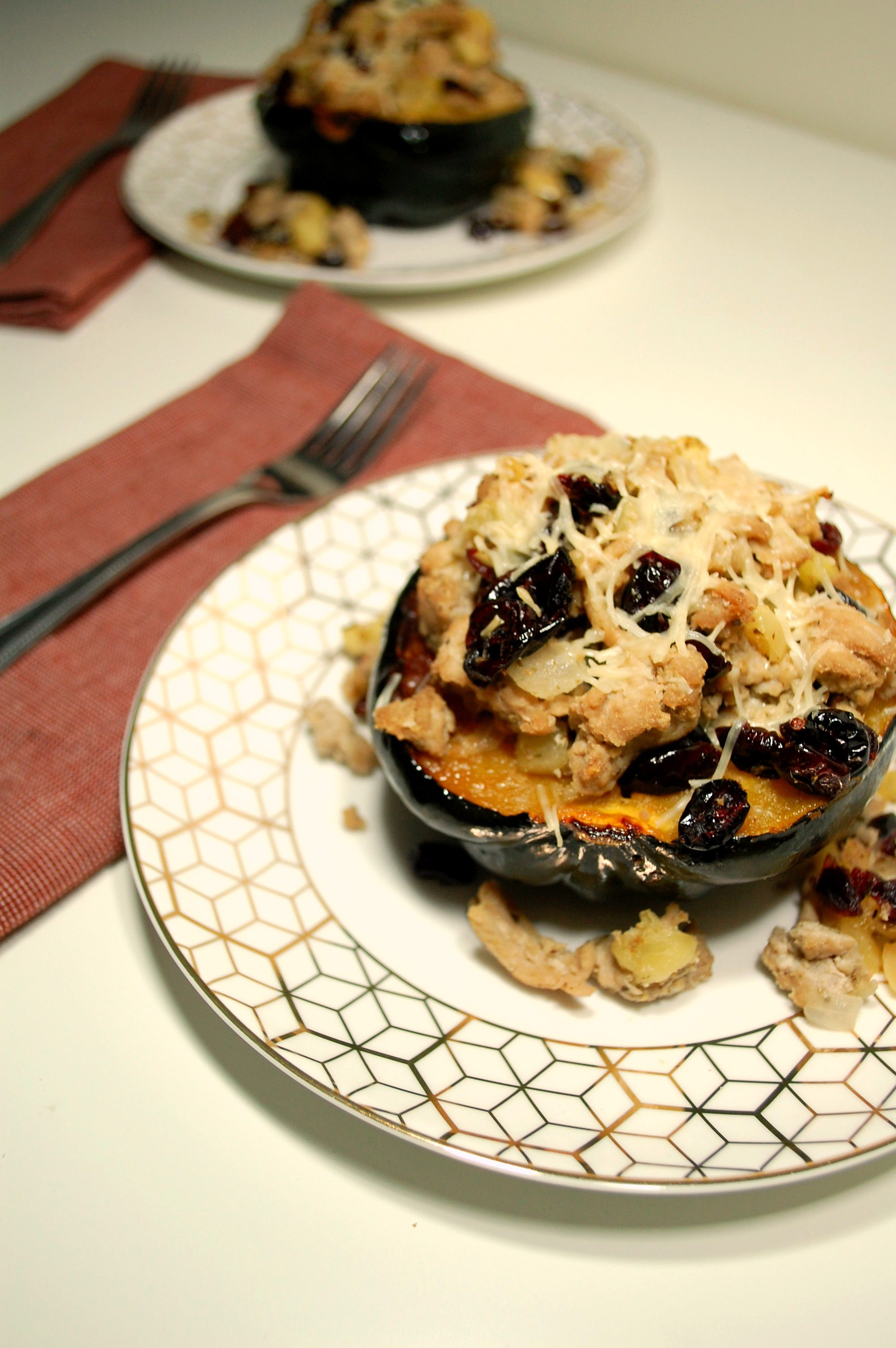 Ground Turkey and Apple Stuffed Acorn Squash
