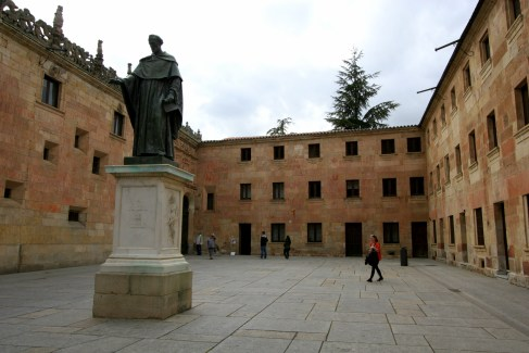 courtyard of University of Salamanca with statue of Fray Luis de Leon