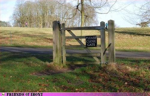 Please close gate