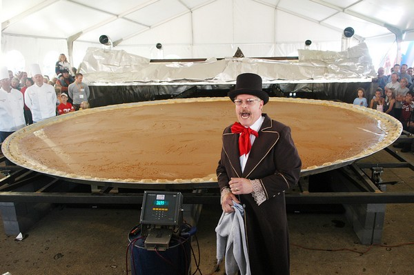 20 ft pumpkin pie