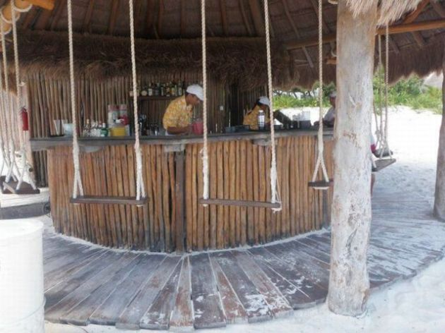 Swingers bar