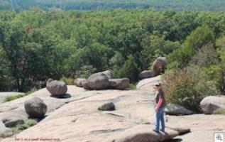Elephant rocks3