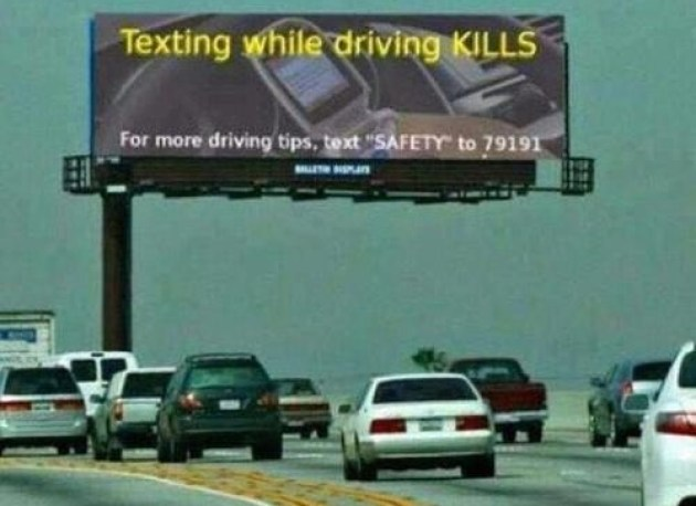 Texting whil3ee driving kills