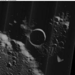 Encontraron agua en la Luna