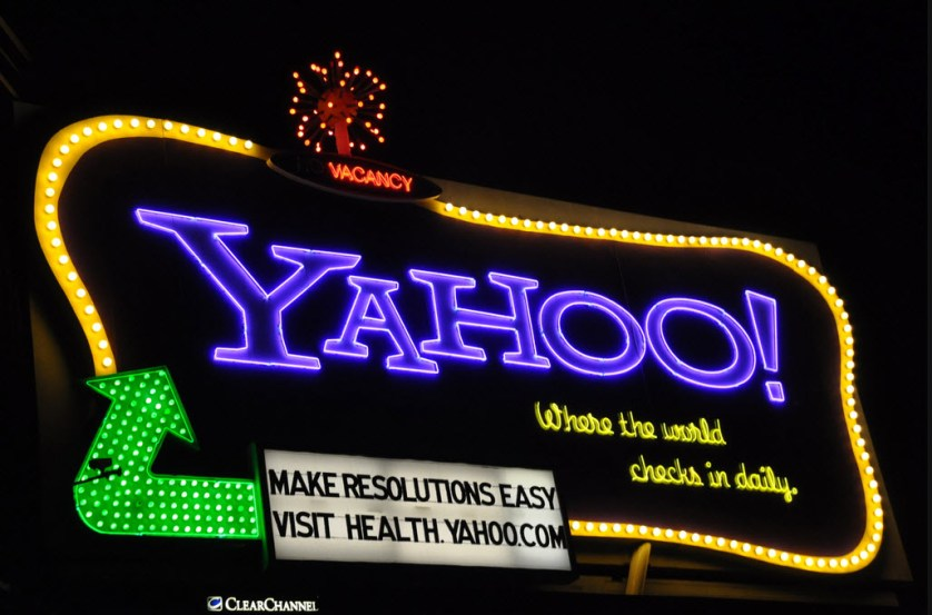 Yahoo-Sign-Julie-Blaustein2[1]
